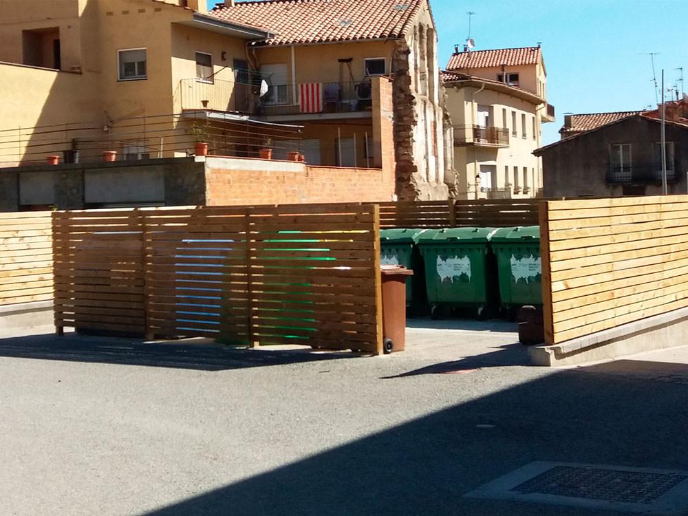 Tancament de contenidors de fusta