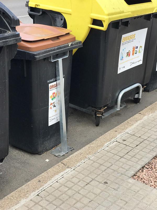 Subjecta contenidors de 360, 240 i 120 litres